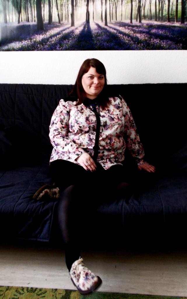 Plus Size Blümchenbluse Sofa