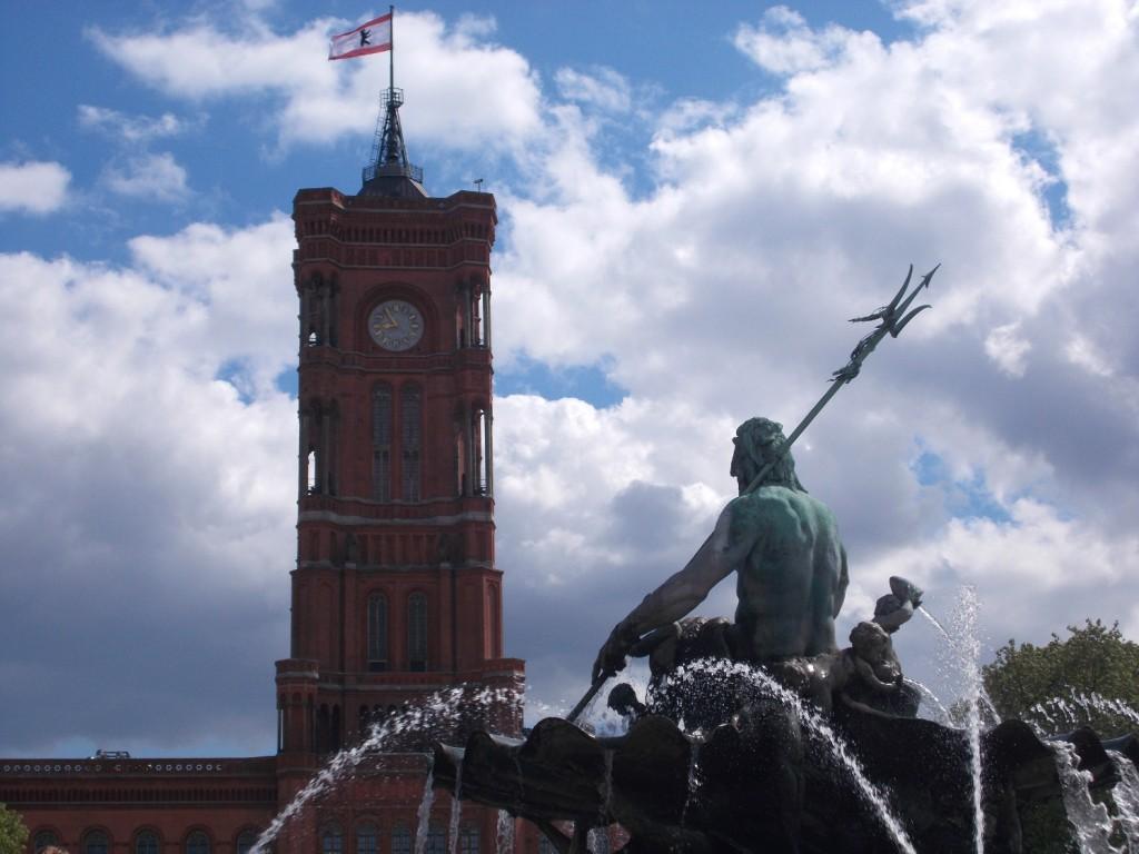 Neptunbrunnen und Rotes Rathaus Berlin