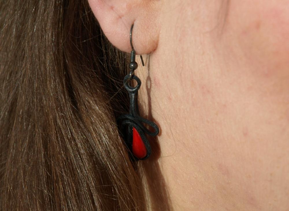 Ohrring aus Leder