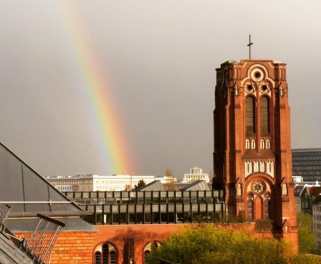 Regenbogen Kirche Berlin