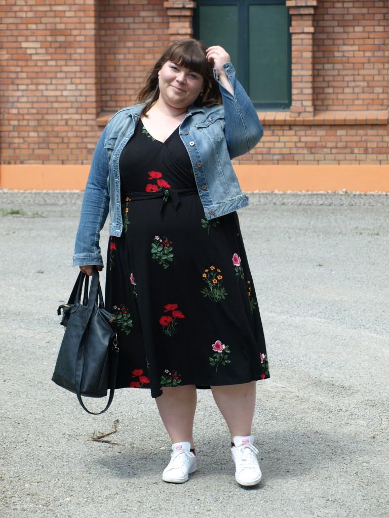 Kimonokleid in Plus Size
