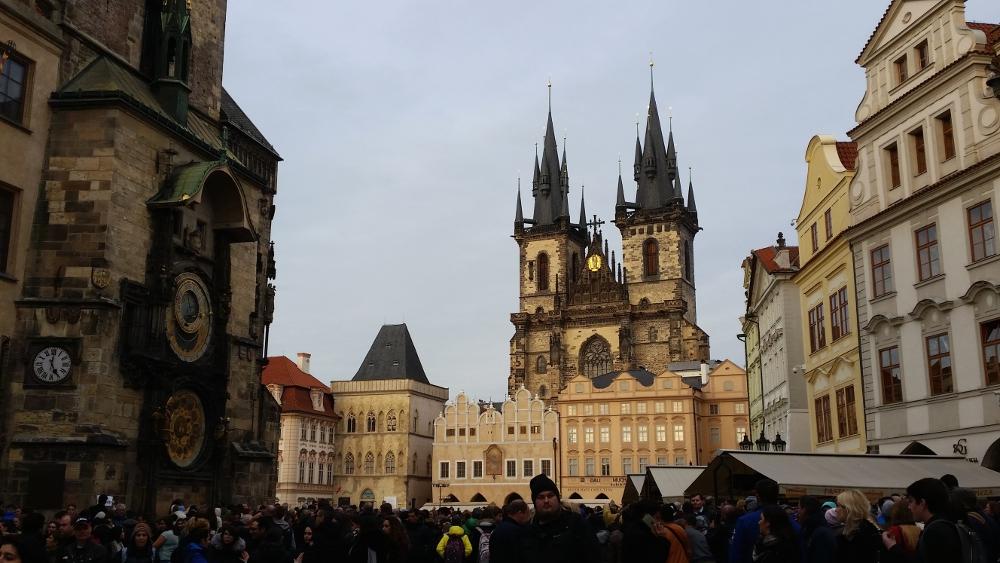 Altstädter Ring: Blick auf die Teynkirche