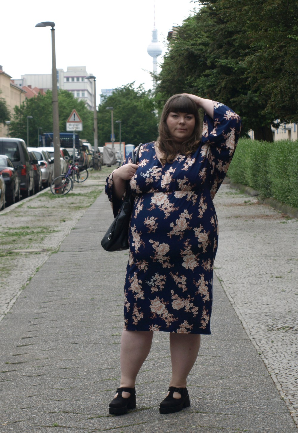 Plus Size Kleid in Kimonooptik