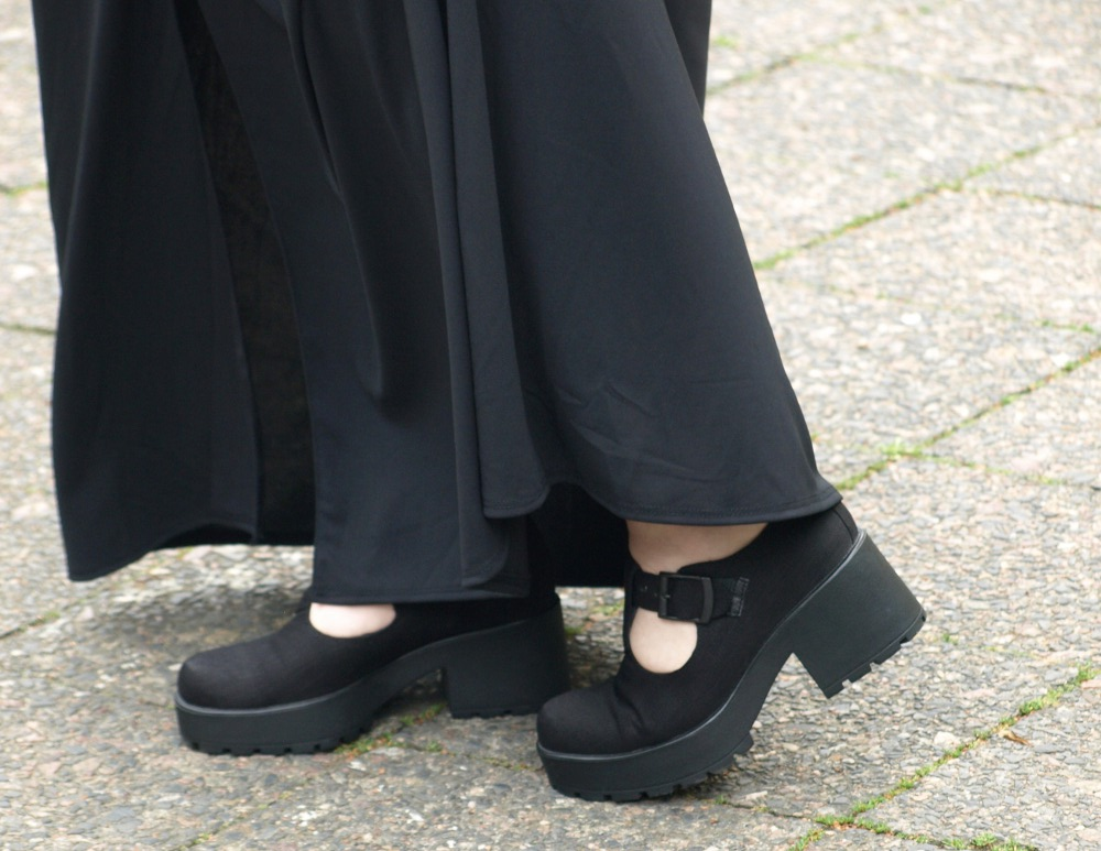 Schwarze Nary Jane Schuhe mit Plateau